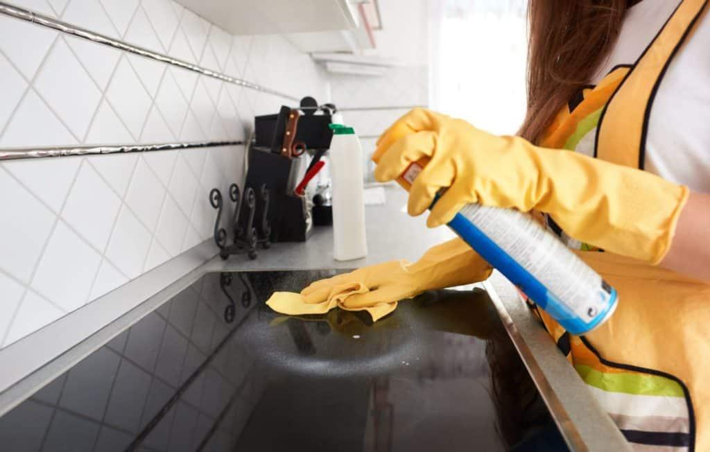 clean apartment vancouver